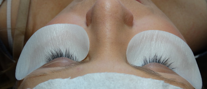 Before eyelash extensions at MPi.